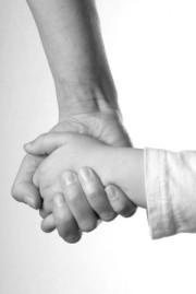 http://asdhelp.files.wordpress.com/2010/08/mom-child-holding-hands.jpg
